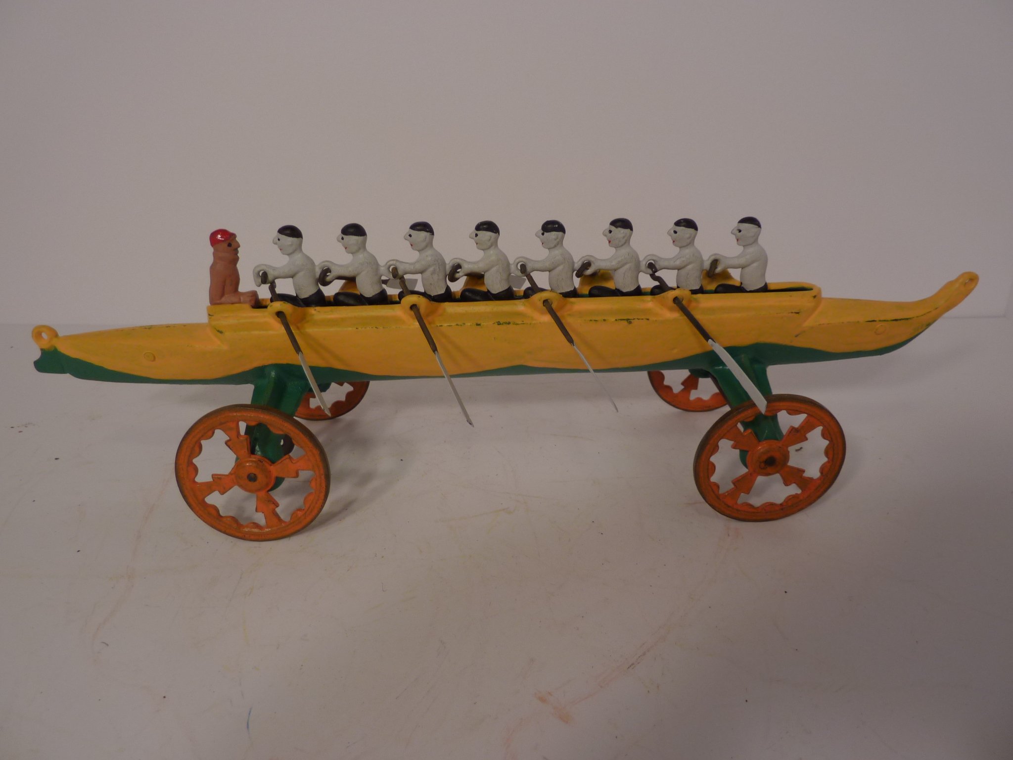 RARE EIGHT MAN RACING SKUL THE LARGEST 14 1 2 INCH EXC RESTORATION Antique Toys USA